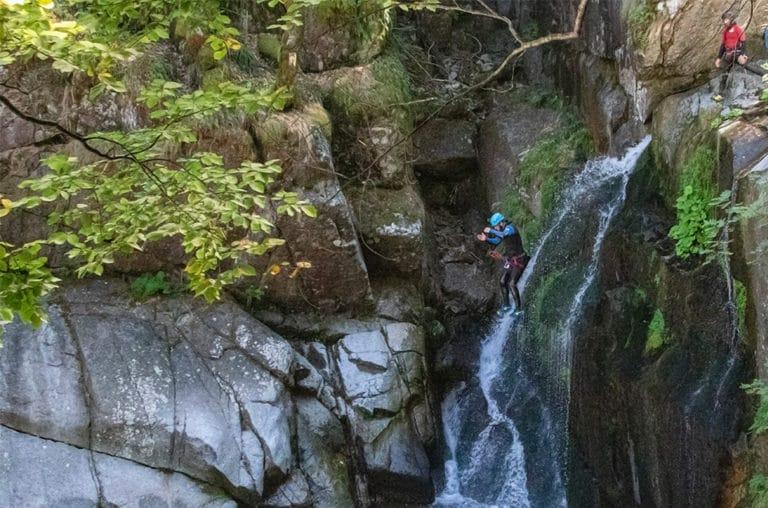 saut de 10m dans les Gorges du Tapoul
